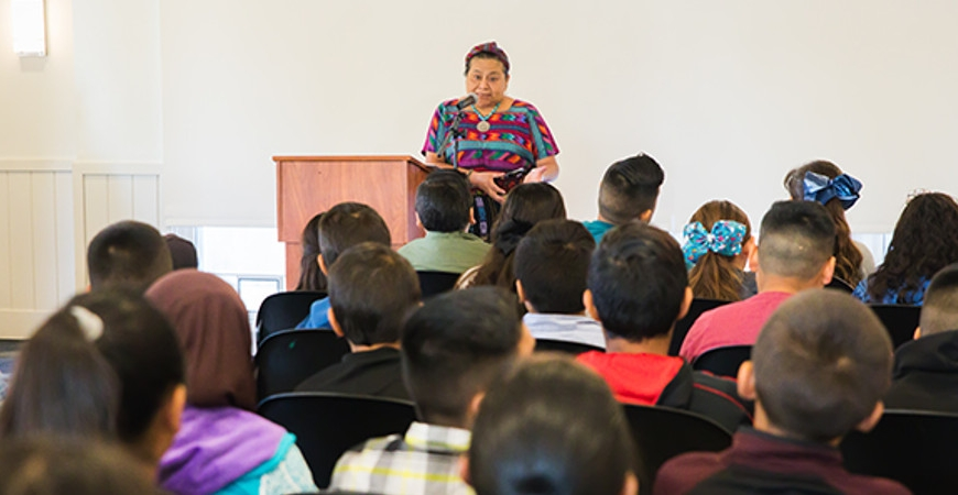 Rigoberta Menchú Tum Celebrated as 12th Spendlove Prize Recipient